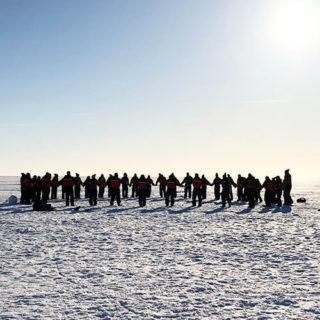 Laponie - les équipes sur la neige